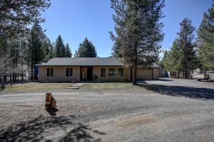 16015 Twin Drive, La Pine, OR 97739