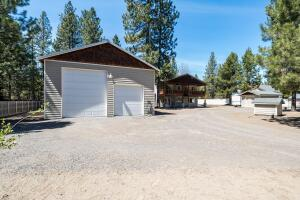 53345 Andrews Road, La Pine, OR 97739