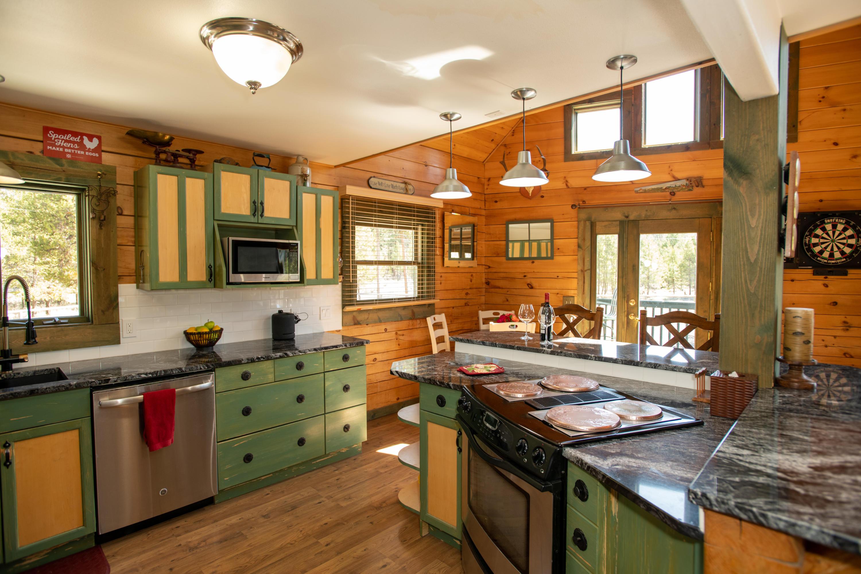 6.Kitchen towards deck