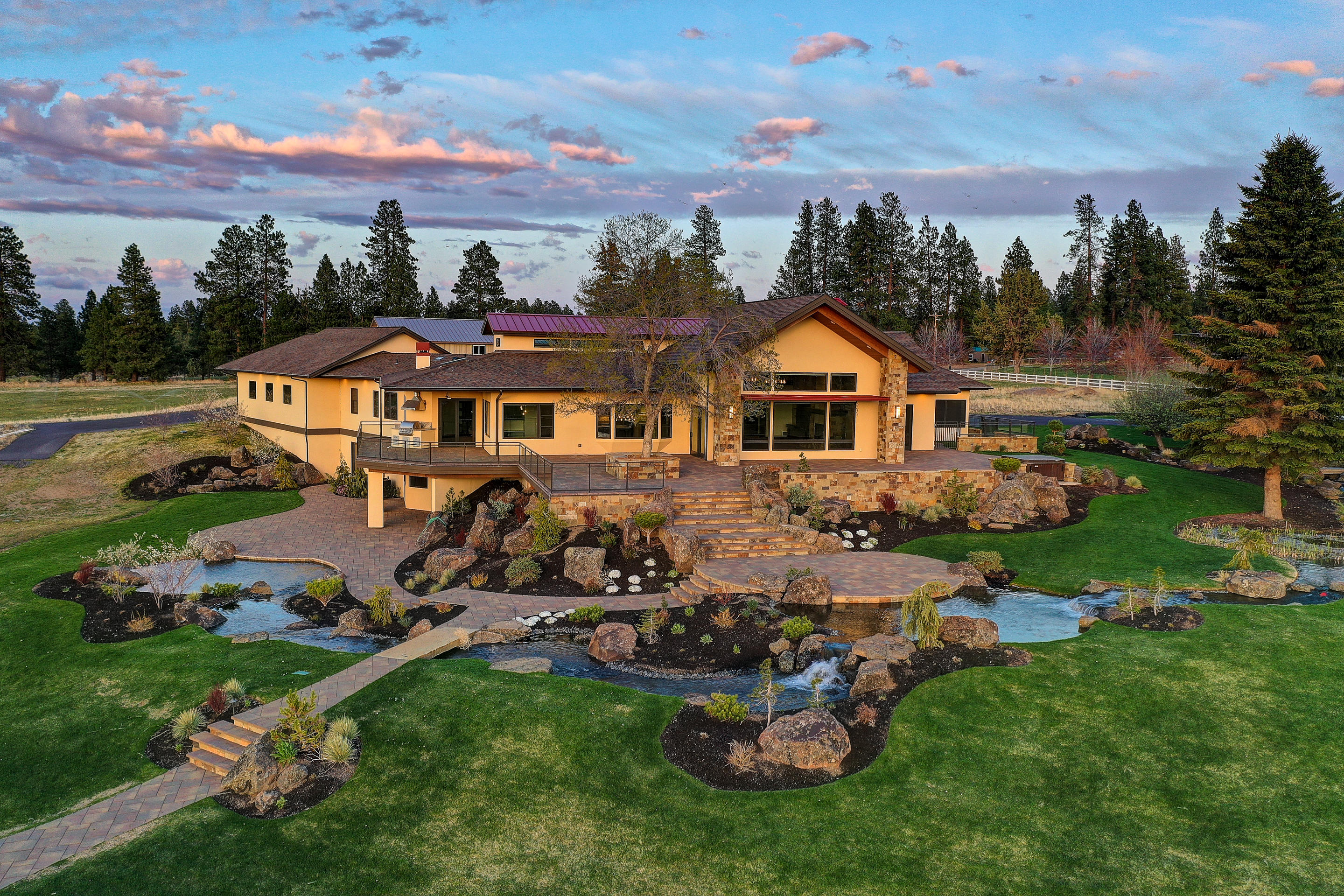 Photo of 20970 Sholes Road, Bend, OR 97702
