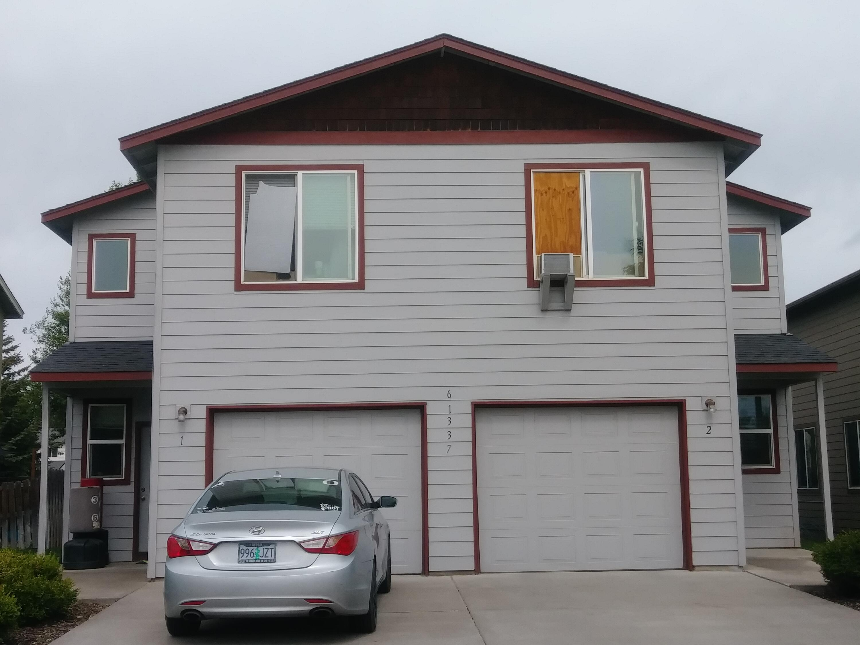 Excellent investment opportunity to own a spacious, well-maintained duplex in SW Bend!  Each unit has 1522 sqft, 3 bedrooms, 2.5 baths, washer and dryer.  Fenced backyard with patio/deck.  Attached single-car garages.  Great location near shopping, schools, and more.
