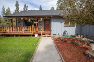 52890 Lowell Way, La Pine, OR 97739