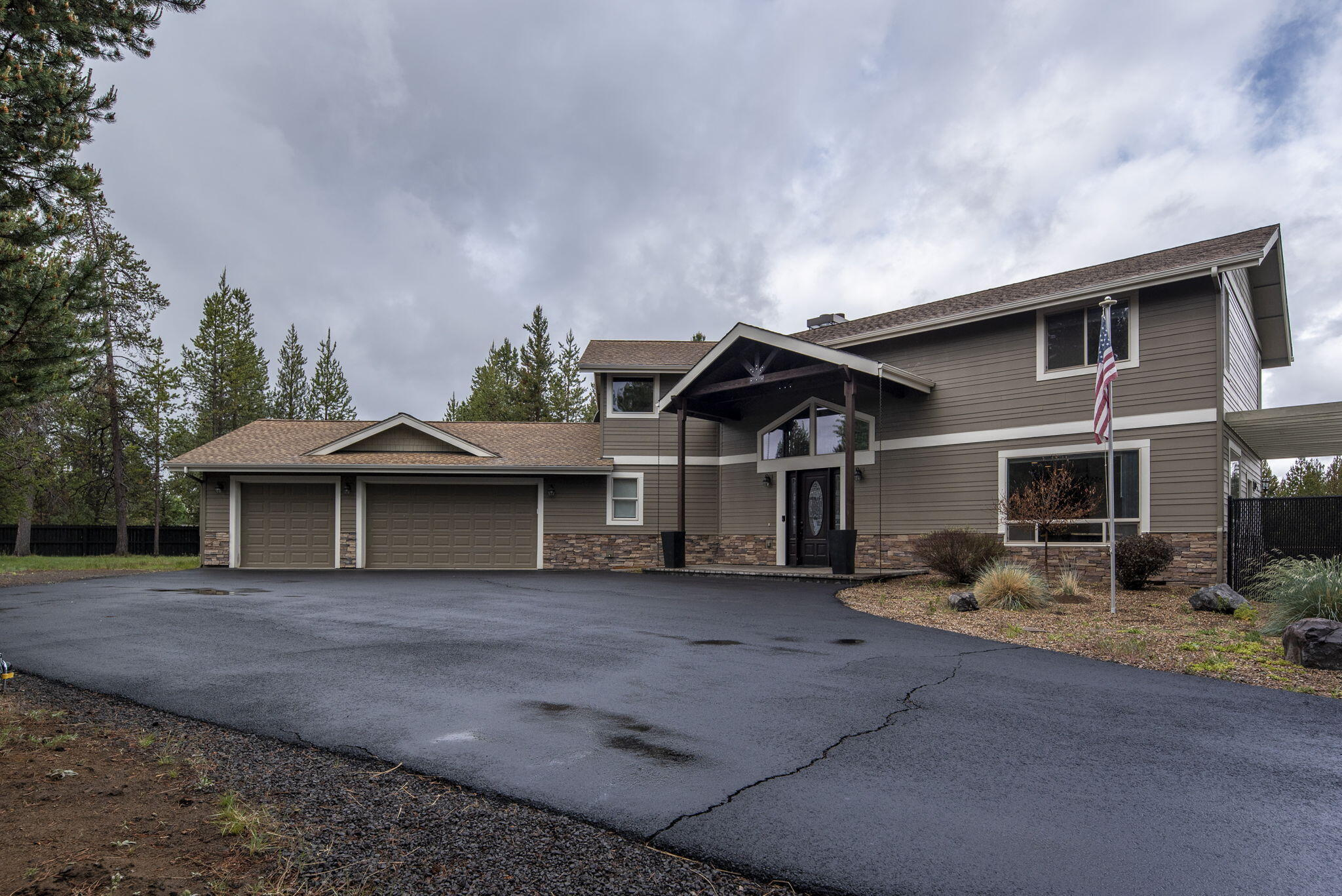 67-web-or-mls-16767 Donner Place-68