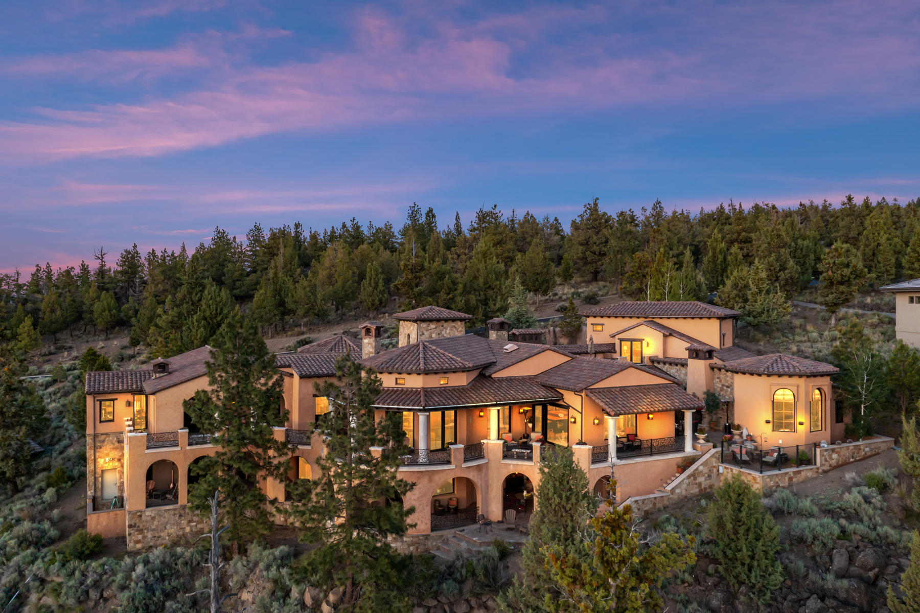 Photo of 1746 NW Wild Rye Circle, Bend, OR 97703