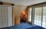Larger bedroom w/reading nook!
