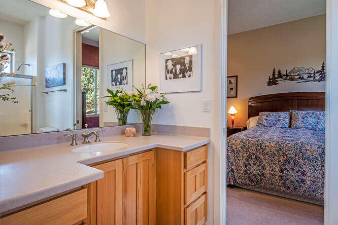 17715 Mountain View Rd Sisters-small-021