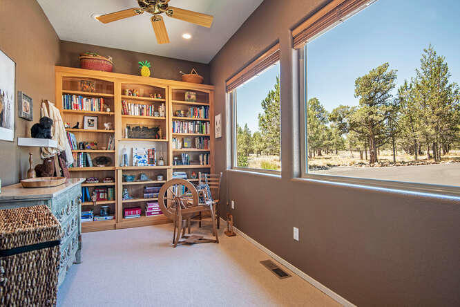 17715 Mountain View Rd Sisters-small-019
