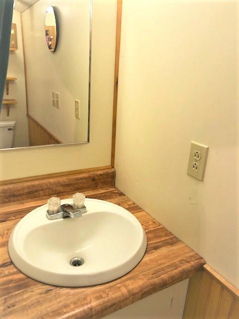 15057 Yorkie Lane bathroom 2