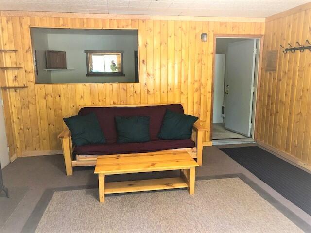 15057 Yorkie Lane Living room 4