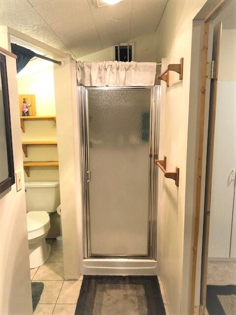 15057 Yorkie Lane shower 1