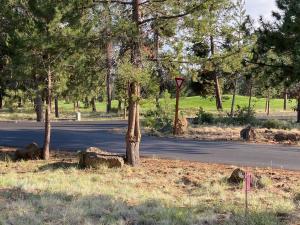 10 Playoff Lane, Sunriver, OR 97707