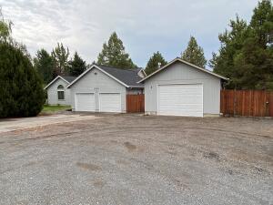 63620 Boyd Acres Road NE, Bend, OR 97701
