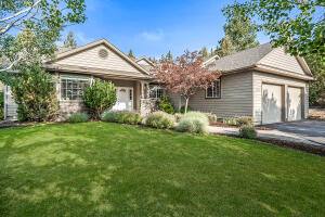 2829 NW Fairway Heights Drive, Bend, OR 97701