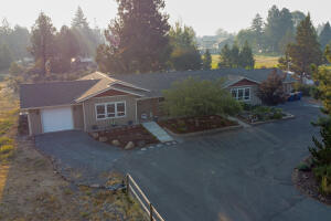 21232 Dove Lane, Bend, OR 97702