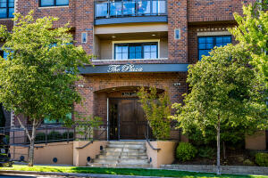 363 SW Bluff Drive, UNIT 402, Bend, OR 97702