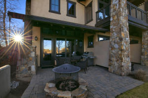 23023 Nicklaus Drive, Unit 401, Bend, OR 97701