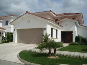 Casa En Ventaen Panama, Santa Maria, Panama, PA RAH: 14-1109
