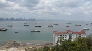 Apartamento En Alquileren Panama, Amador, Panama, PA RAH: 15-466