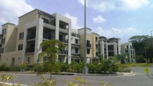 Apartamento En Ventaen Panama, Howard, Panama, PA RAH: 14-1142