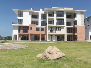Apartamento En Ventaen Chame, Coronado, Panama, PA RAH: 15-1408