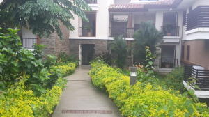 Apartamento En Ventaen Panama, Clayton, Panama, PA RAH: 15-3107