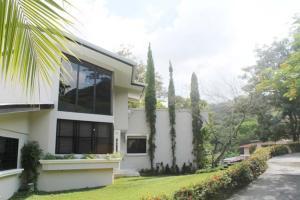 Casa En Alquileren Panama, Las Cumbres, Panama, PA RAH: 16-1302