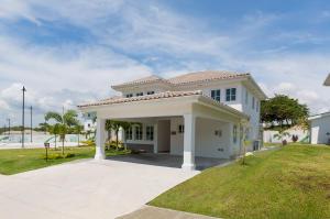 Casa En Ventaen San Carlos, San Carlos, Panama, PA RAH: 16-2359