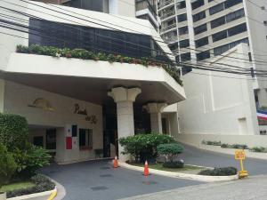 Apartamento En Alquileren Panama, Paitilla, Panama, PA RAH: 16-3550