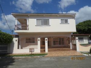Casa En Ventaen Panama, Chanis, Panama, PA RAH: 17-244