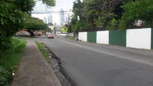 Terreno En Alquileren Panama, San Francisco, Panama, PA RAH: 17-834