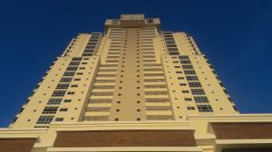 Apartamento En Ventaen Chame, Coronado, Panama, PA RAH: 17-1212
