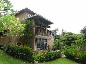 Casa En Ventaen Panama, Las Cumbres, Panama, PA RAH: 17-1114