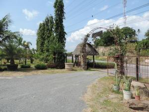 Terreno En Ventaen San Carlos, San Carlos, Panama, PA RAH: 17-2166