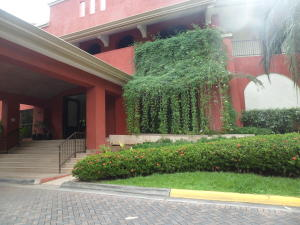 Apartamento En Alquileren Panama, Clayton, Panama, PA RAH: 17-3645