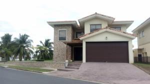 Casa En Ventaen San Carlos, San Carlos, Panama, PA RAH: 17-3811