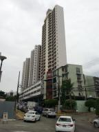 Apartamento En Alquileren Panama, 12 De Octubre, Panama, PA RAH: 17-4108