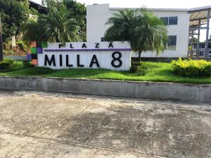 Local Comercial En Alquileren Panama, Milla 8, Panama, PA RAH: 17-4557