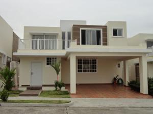 Casa En Ventaen Panama, Brisas Del Golf, Panama, PA RAH: 17-4893