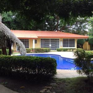 Casa En Ventaen Cocle, Cocle, Panama, PA RAH: 17-6121