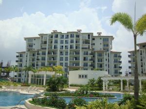 Apartamento En Ventaen Panama, Santa Maria, Panama, PA RAH: 17-6600
