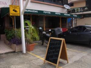 Consultorio En Ventaen Panama, El Carmen, Panama, PA RAH: 17-6608