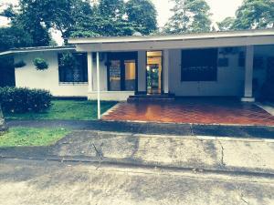 Casa En Alquileren Panama, Los Rios, Panama, PA RAH: 17-6774