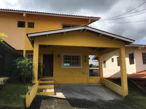 Casa En Alquileren Panama, Las Cumbres, Panama, PA RAH: 17-6869