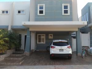 Casa En Ventaen San Miguelito, Brisas Del Golf, Panama, PA RAH: 17-7113