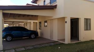 Casa En Alquileren Panama, Panama Pacifico, Panama, PA RAH: 18-261