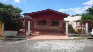Casa En Ventaen Panama, Brisas Del Golf, Panama, PA RAH: 18-504