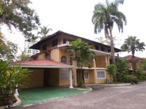 Casa En Alquileren Panama, Clayton, Panama, PA RAH: 18-557