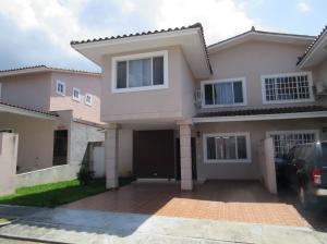 Casa En Alquileren Panama, Brisas Del Golf, Panama, PA RAH: 18-534