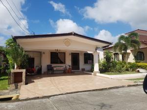 Casa En Ventaen Panama, Brisas Del Golf, Panama, PA RAH: 18-1606