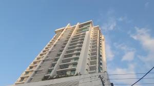 Apartamento En Ventaen Panama, El Cangrejo, Panama, PA RAH: 18-1165